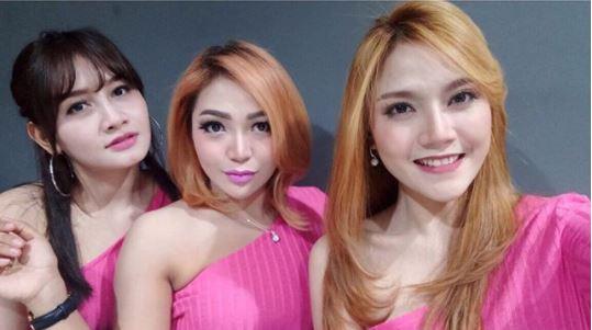 10 8 Seperti ini nih 10 Gaya Terbaru Trio Macan, Kini Makin Mirip seperti..