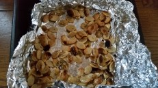 Baked kabocha seeds in the fish grill