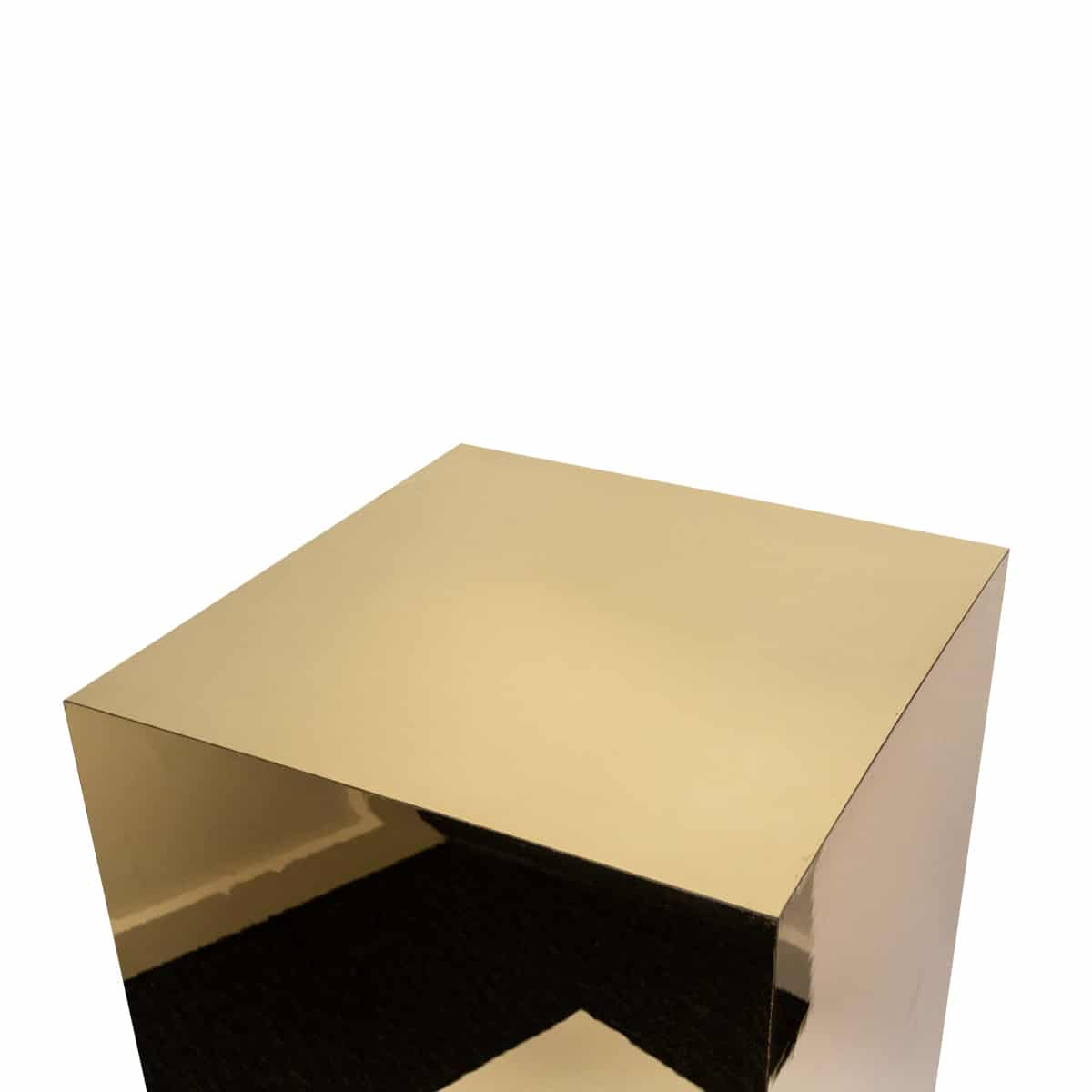 Acrylic Gold Plinth Set