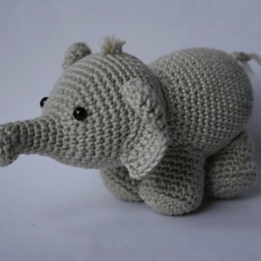 http://www.ravelry.com/patterns/library/olivier