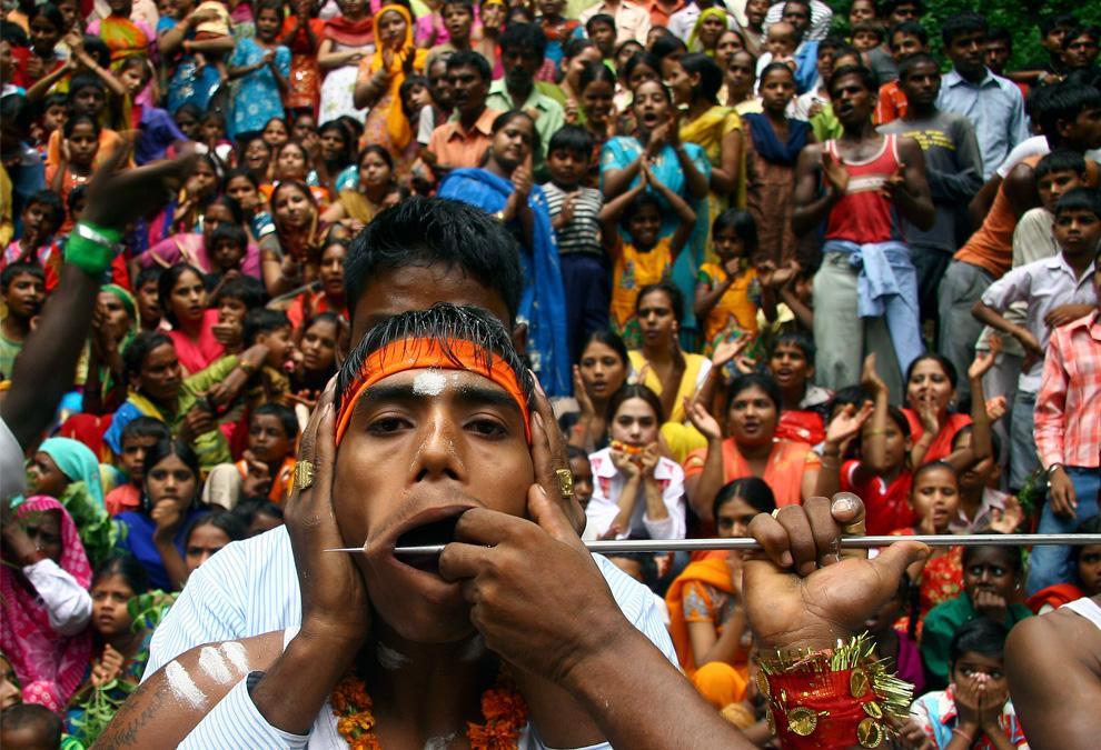 Recent Hindu festivals and rituals  Photos  The Big Picture  Bostoncom