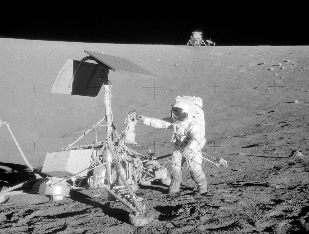 Apollo12 - Surveyor