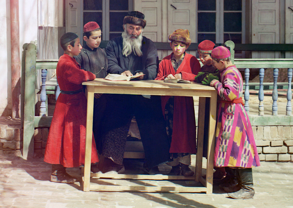 A group of Jewish children with a teacher in Samarkand, now present-day Uzbekistan, 1910.