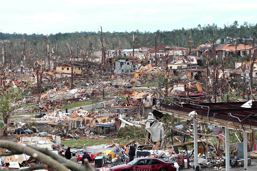 https://i0.wp.com/inapcache.boston.com/universal/site_graphics/blogs/bigpicture/tornado_042711/bp6.jpg