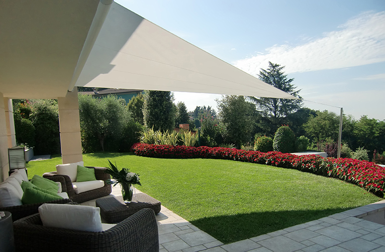 toldo-vela-sombra-jardines-terrazas