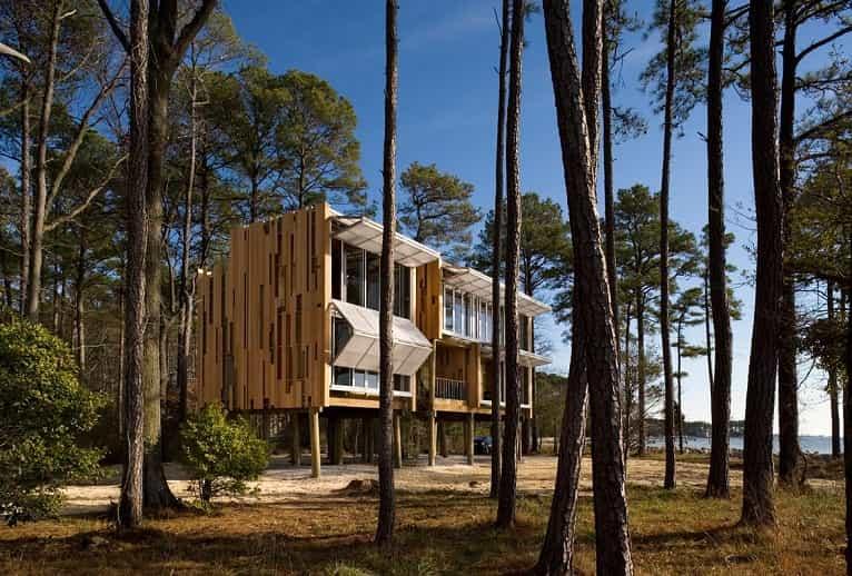 casa-prefabricada-madera-moderna-sostenible