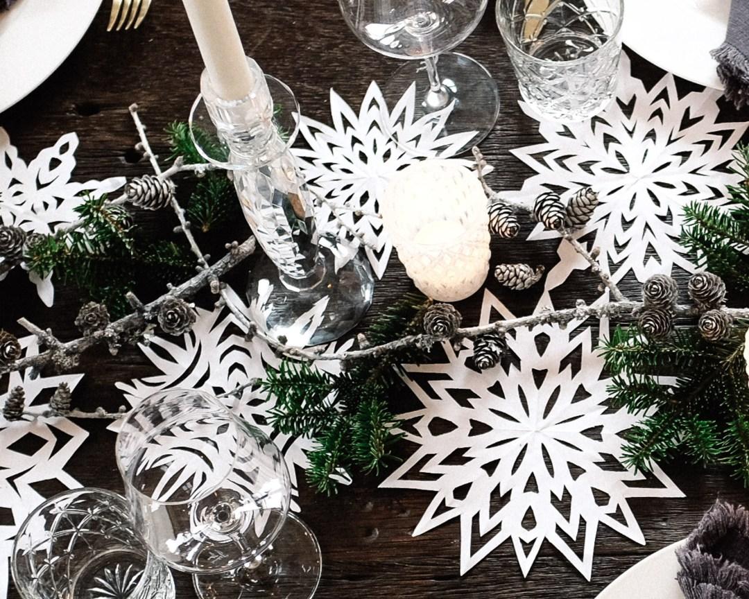 ina stil inastil Tischdekoration Weihnachten Weihnachtsessen Weihnachtssterne Festessen Dekoration christmastime WeihnachtszeitDSCF0842