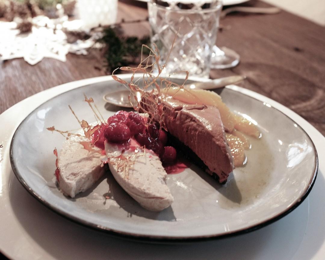 ina stil inastil Tischdekoration Weihnachten Weihnachtsessen Weihnachtssterne Festessen Dekoration christmastime WeihnachtszeitDSCF0882