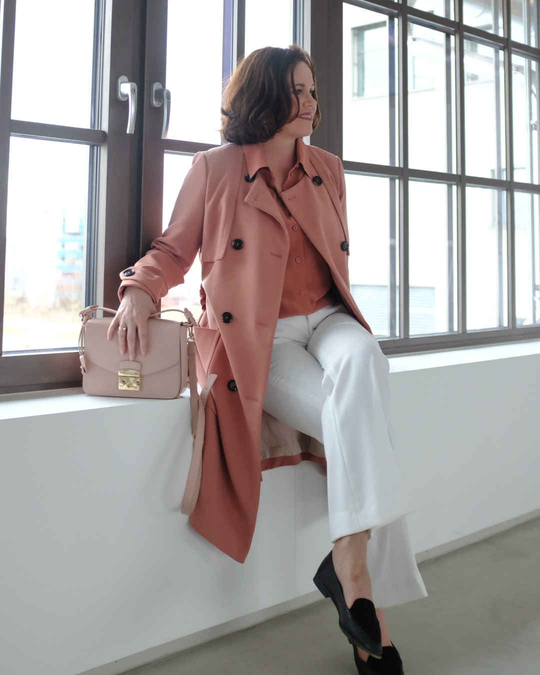 inastil, Trenchcoat, Springcoat, Frühjahrsmode, Stilberatung, Ü50Mode, Modeberatung, Frühlingsfarben, Modeblogger-11