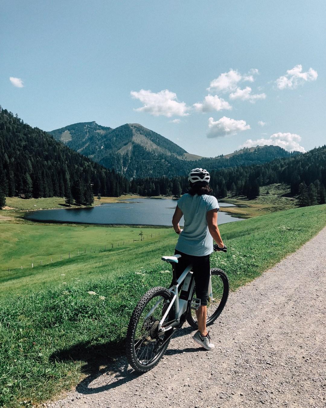 inastil, Seewaldsee, sommerzeit, sommerinösterreich, salzburgerland, ü50blogger, MTB-Tour, Tennengau, E-Mountainbike, Almjause, Sport, Bergsee,_-12