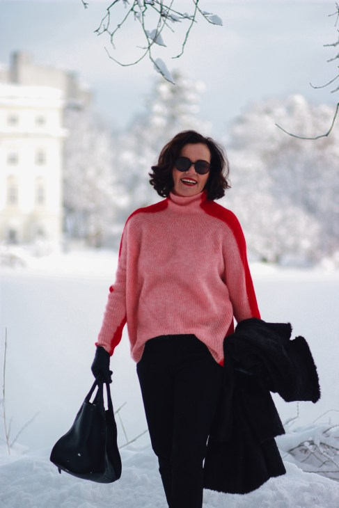 inastil, fashion, Wntermode, Leopoldskron, Salzburg, livingcoral, pantone, rosen, rosa, Pullover, Ü50Mode, ageless, ü50blogger,_-11