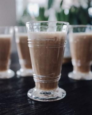 inastil, leichtes Rezept, grünes Curry, Helthyfood, Winterdekoration, liefe in balance, donna hay, Kokoscurry, espresso-cashew-shake, power-shake-12