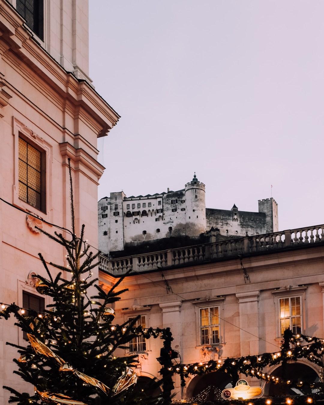 Inastil, Weihnachtszeit, Salzburg, Cityscape, visitsalzburg, Advent, Christkindlmarkt, beautifuldestinations, Winterfest, Zirkus, Cirkuskunst, Akrobatik-12