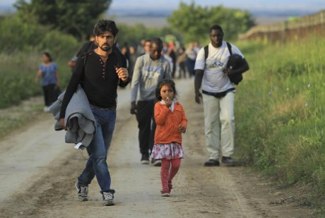 Refugees walking into Croatia from Serbia, Wednesday 16 September 2015 AFP Photo