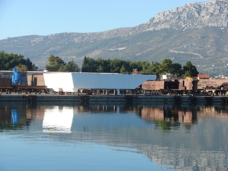 Steel barrier for Venice, Italy Ready at Brodosplit Croatia Photo: brodosplit