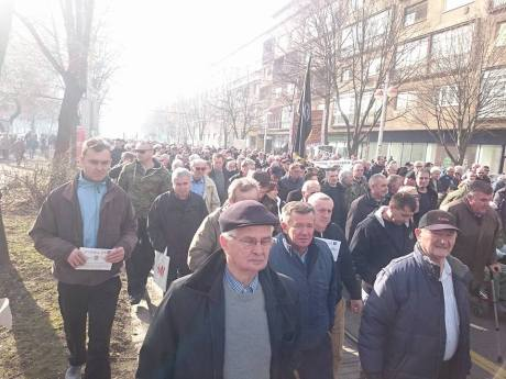 Many thousands line the streets of Zagreb calling for sacking of heads of e-medija Croatia 16 January 2016 Photo: Facebook
