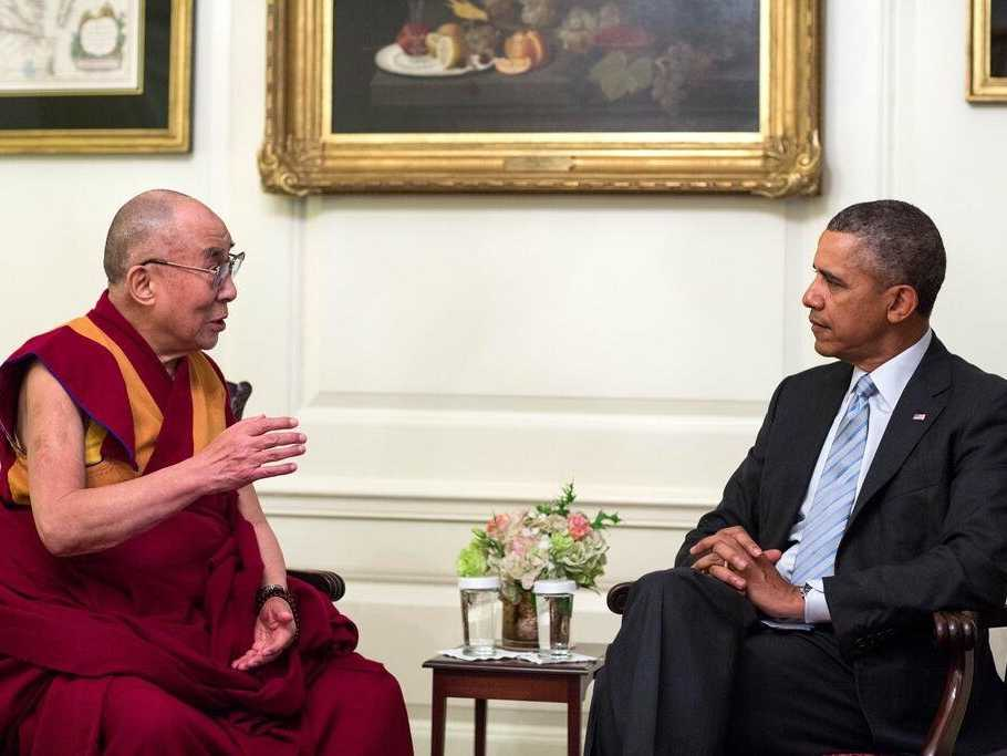 heres-a-photo-of-obama-meeting-with-the-dalai-lama