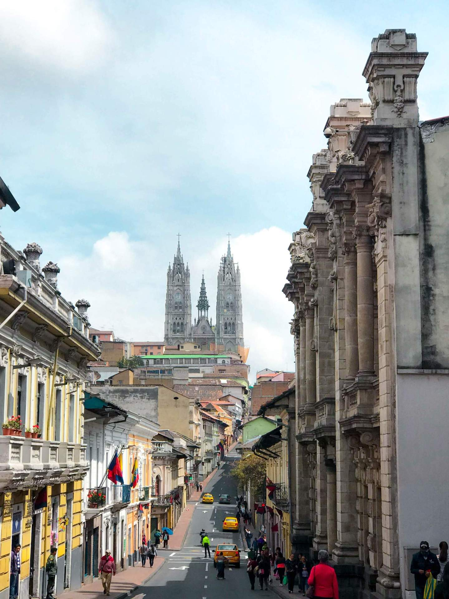 5 awesome things to do during a layover in Quito, Ecuador