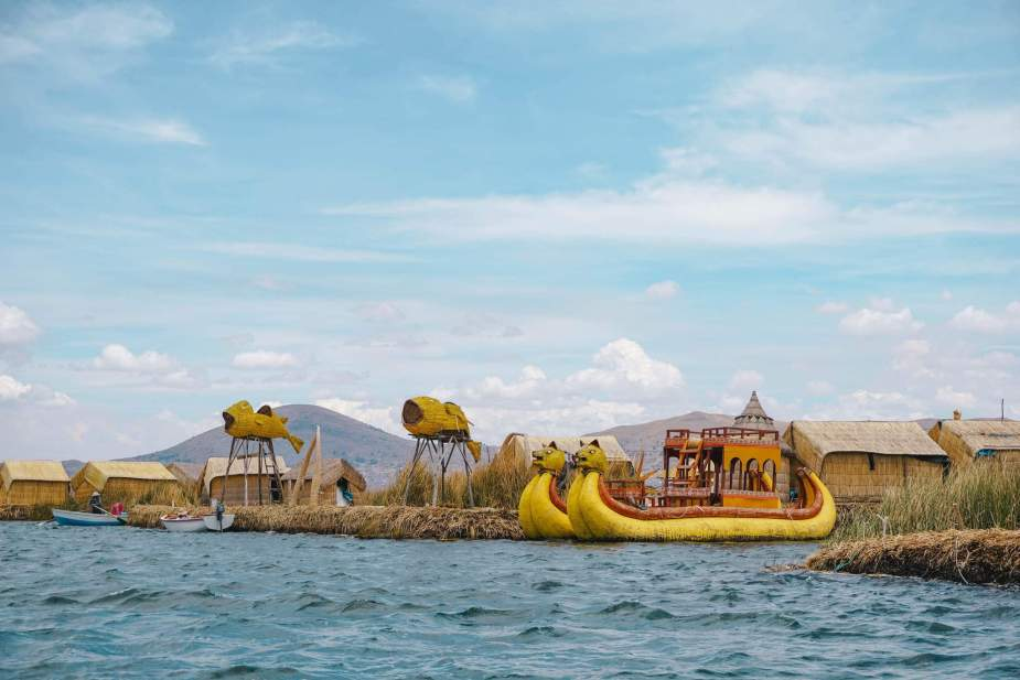 Uros-Islands Homestay-Review-Totora-Reed-Boat-2