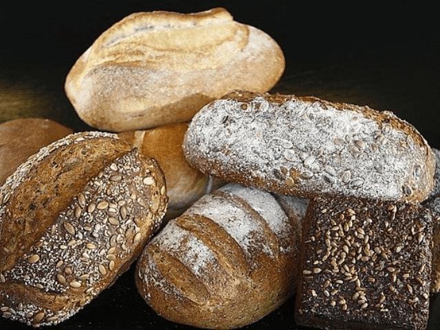 【パンプシェード風】本物のパンを使ったライトの作り方|おすすめの材料や道具も紹介します