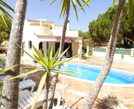 3 Bedrooms Villa, Near Vale do Lobo