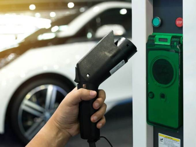 electric vehicles-power-government
