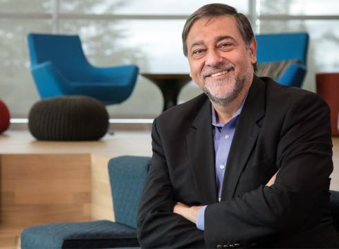 Bitcoin Is A Fad, But Every Entrepreneur Must Understand AI: Vivek Wadhwa