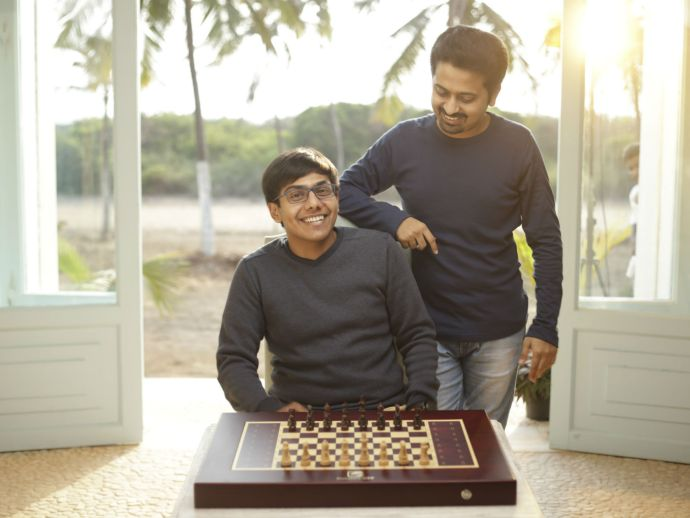 Exclusive: Square Off Checkmates Old-Style Chess With Its AI Moves, Raises $1.1 Mn