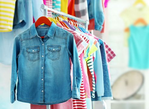 Flipkart, Amazon May Take Minority Stake In Children's Apparel Etailer Hopscotch