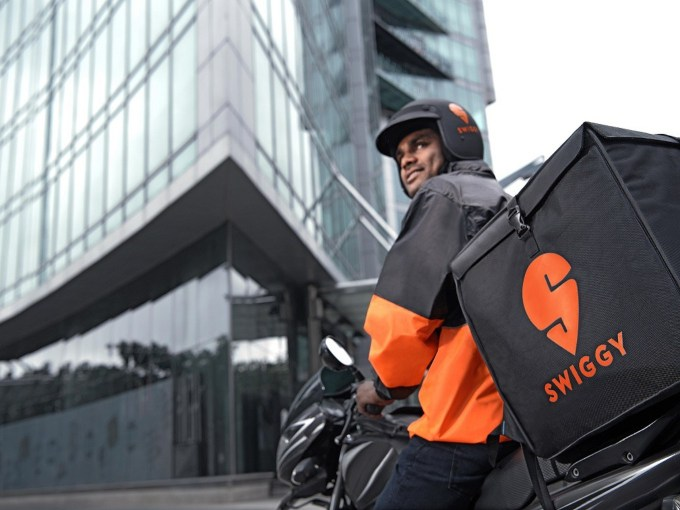 Bengaluru Police Warns Swiggy, Zomato Over Reckless Delivery Riders