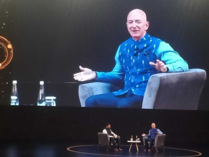 Amazon Will Invest $1 Bn In India To Digitise SMBs: Jeff Bezos