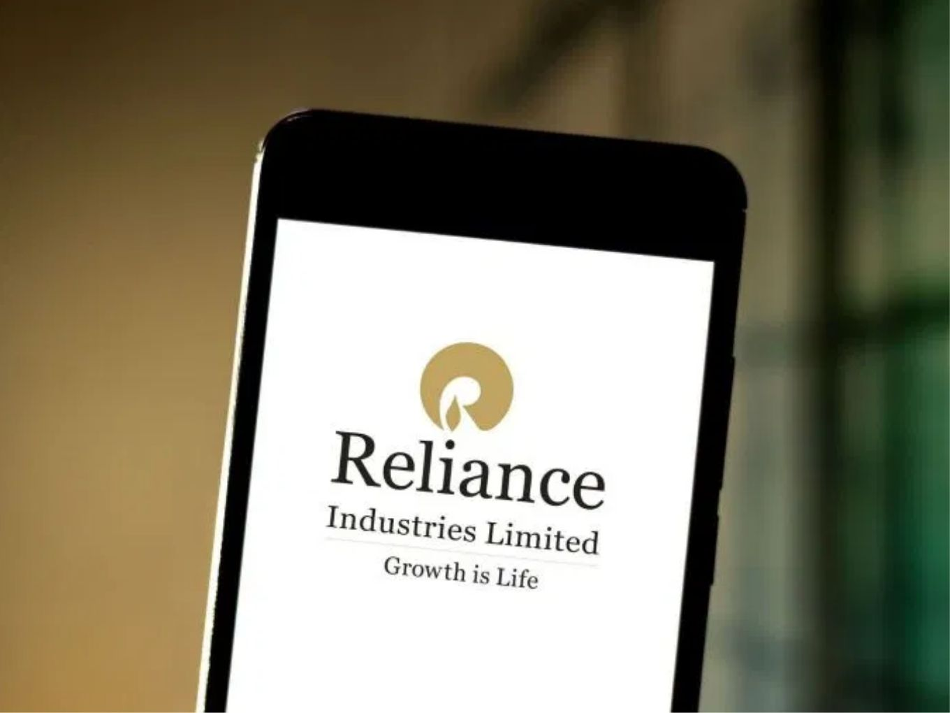 Reliance Merges Hathway, Den ISP Businesses With Network18