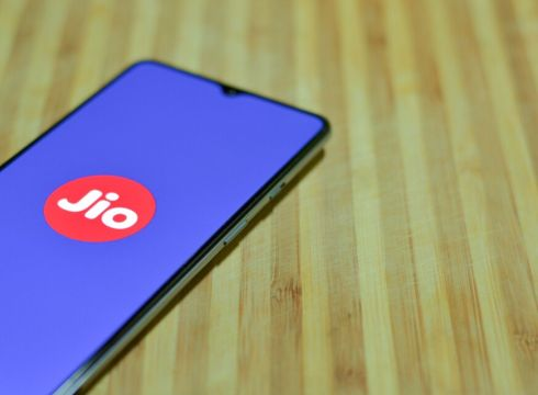 Reliance Jio Raises Its Third Investment From Vista