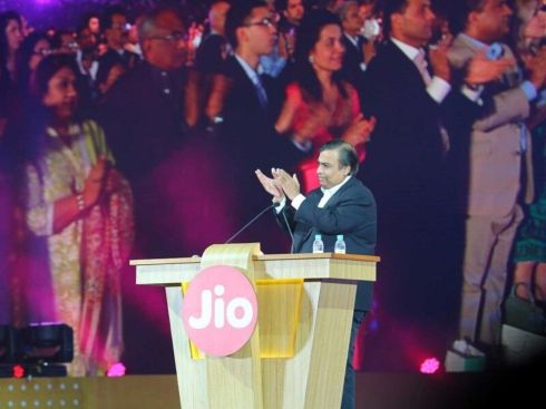 Reliance JioMeet Launch: Growth Hack, White-Labelled Zoom Or Silly Mistake?