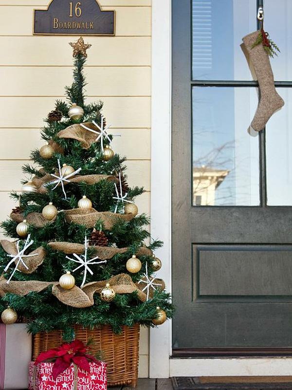 Idei de decorare a verandei de Craciun