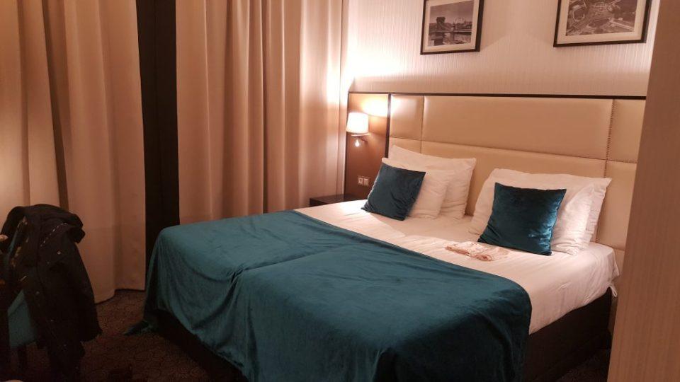 hotelroom budapest hotel exe danube