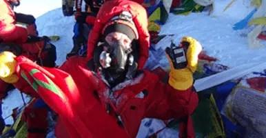 NACER ABDELJALIL  A chacun son Everest