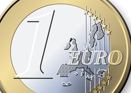 The picture shows the one euro coin to represent the content of this article that focuses on focusing on the risk assessment of Europe and not just ongoing risks from Italy and Spain