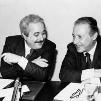 Mani Pulite, Falcone e Borsellino  1992, il tramonto della prima Repubblica