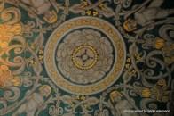 Detail an der Decke des Eingangs