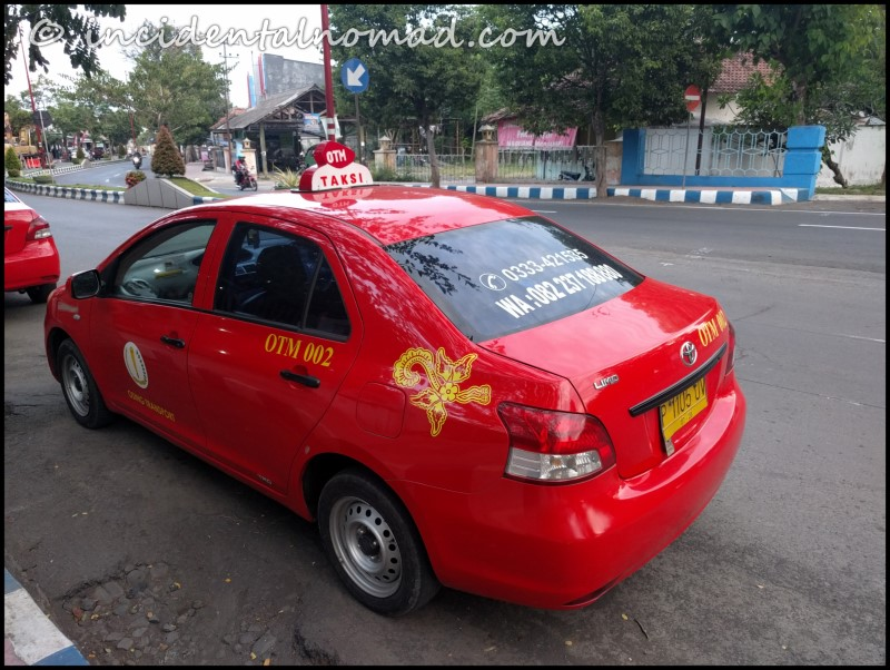 Radio Taxi available in Banyuwangi area : A good option then haggling!!