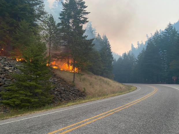 Fire back burning to road for anchor point