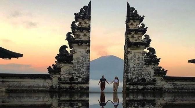 Gate Of Heaven Lempuyang Temple