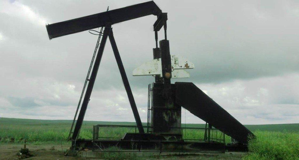 oil-equipment-alberta-american-pumpjacks-1120x600