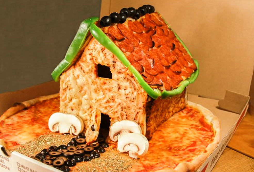 Move Over Gingerbread House The Pizza House Is In Town