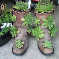 Gardening Craft: 2 Creative Boots Planters