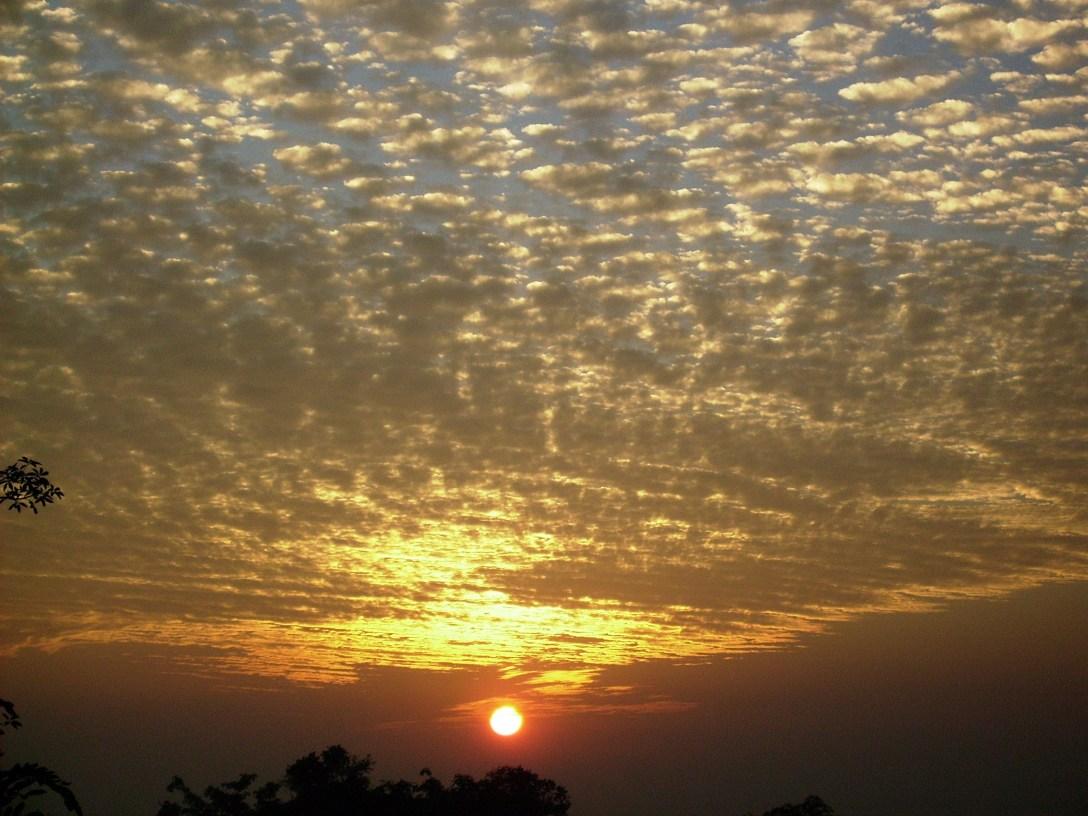 sunrise_GkV7jvOu.jpg