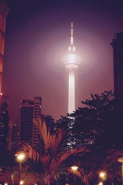 Menara-torony-Kuala-Lumpur-427x640
