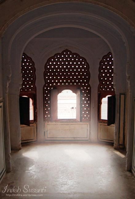 My fave photo in Hawa Mahal
