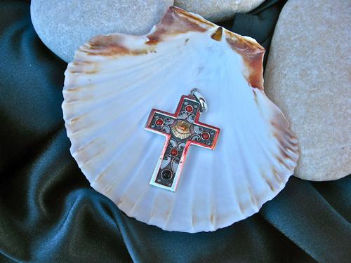 Camino Jet silver cross